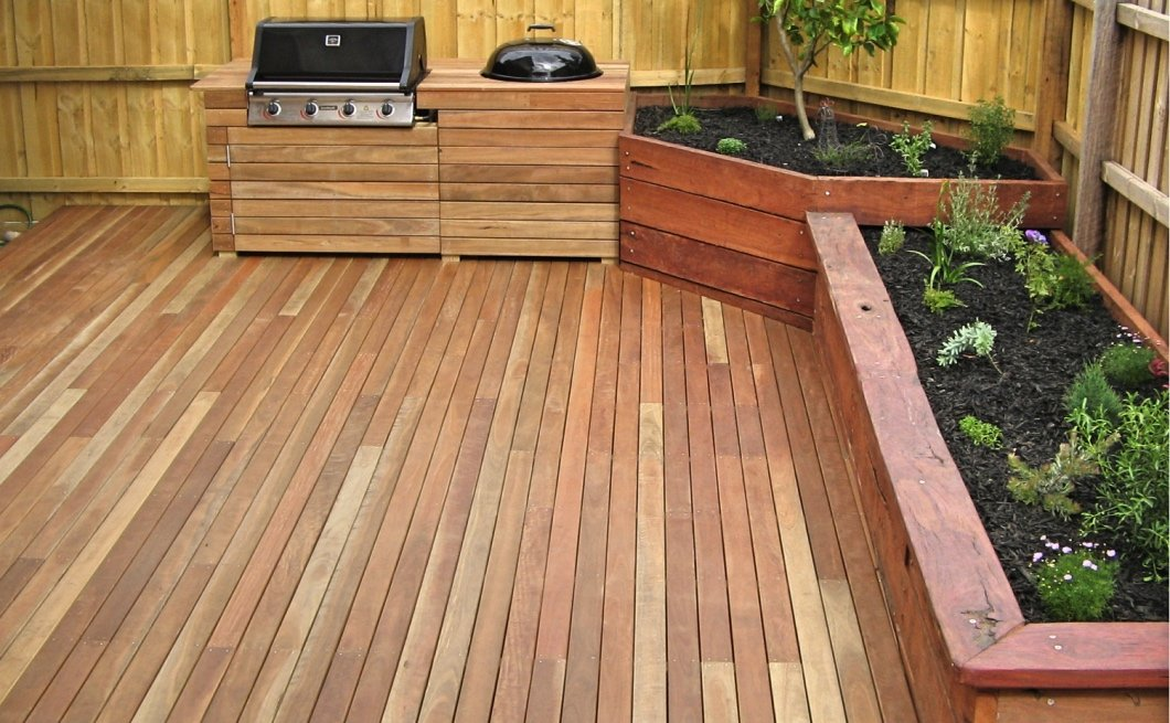 Spotted gum deck and BBQ