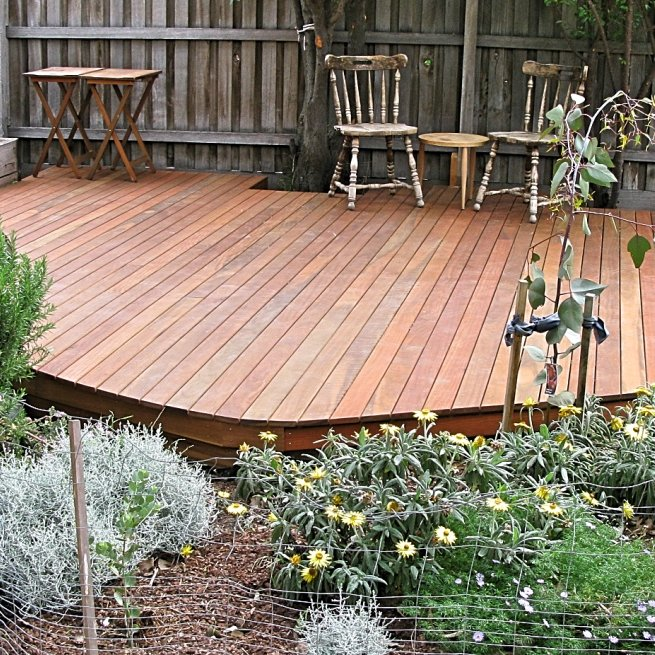 Spotted gum deck island